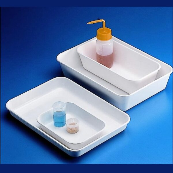 Trays, plastic